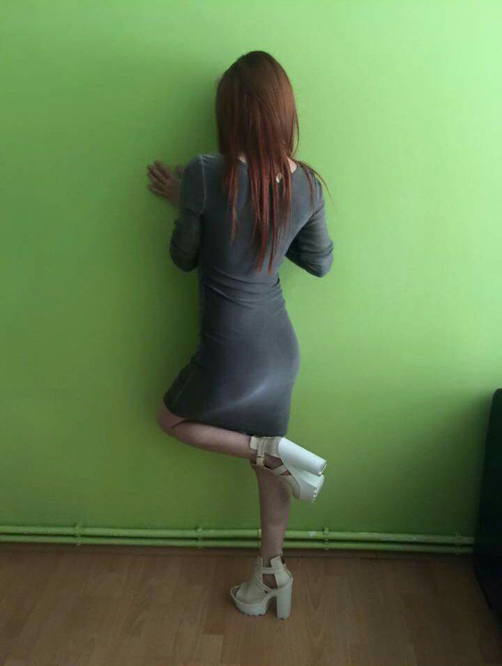 Neşeli dansöz escort Duru